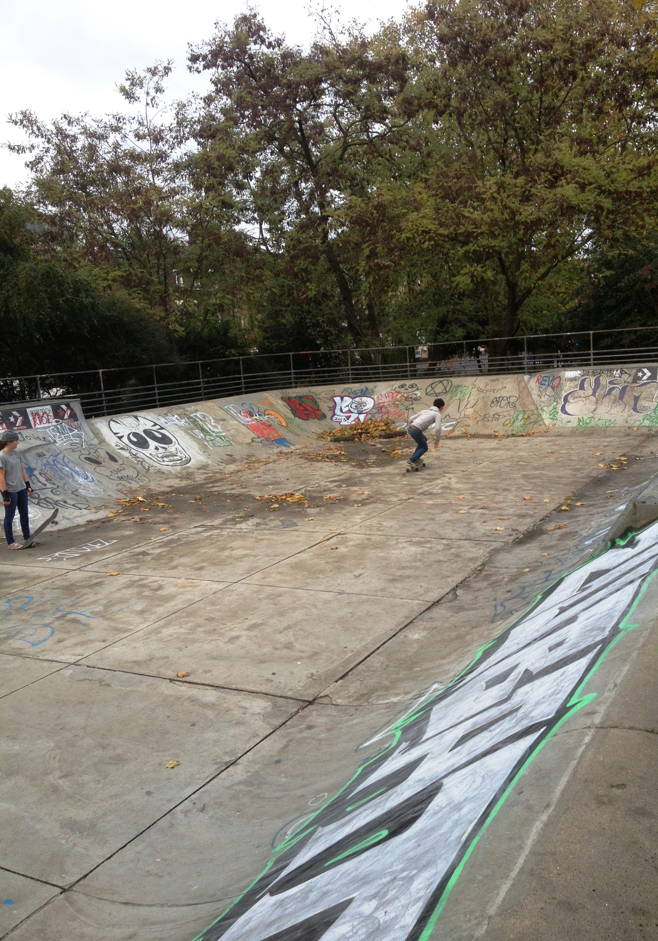 Kennington Park Skate Bowl - kenningtonrunoff.com