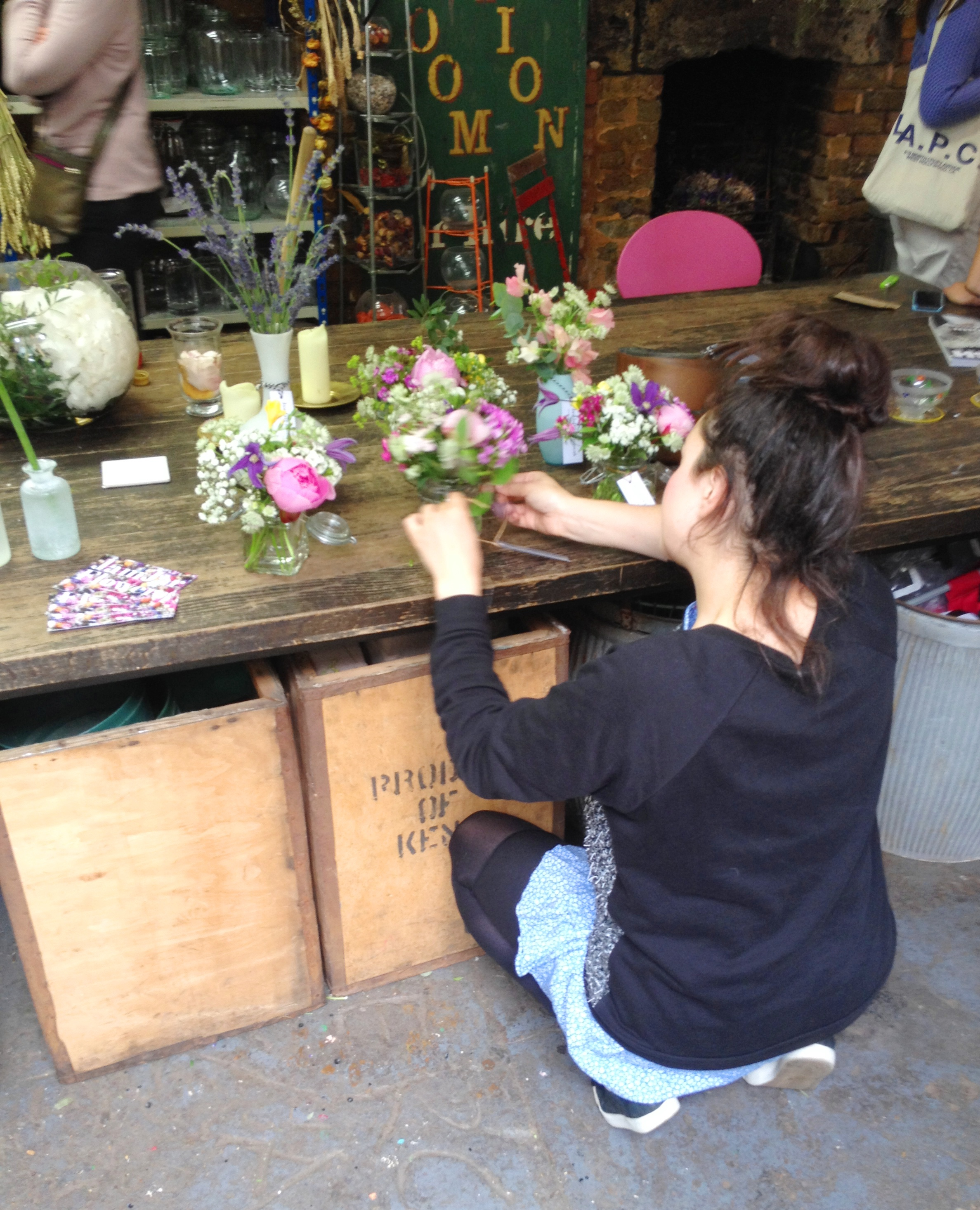 Jamjar Flowers arranging - kenningtonrunoff.com