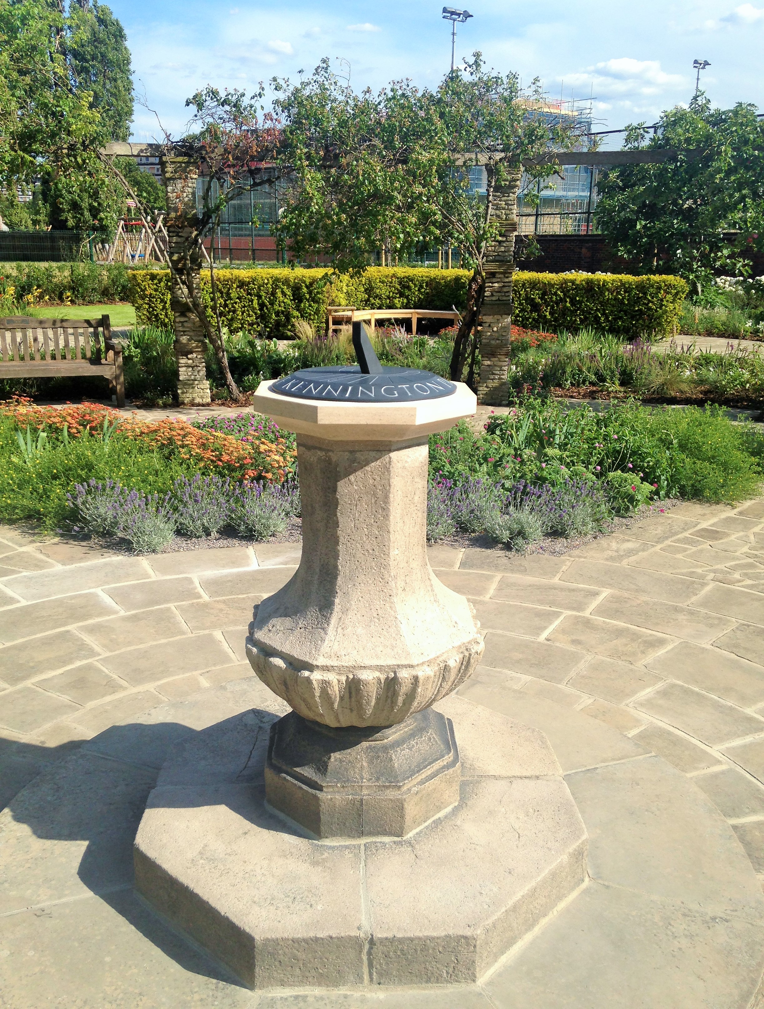 Kennington Park Flower Garden sundial - kenningtonrunoff.com