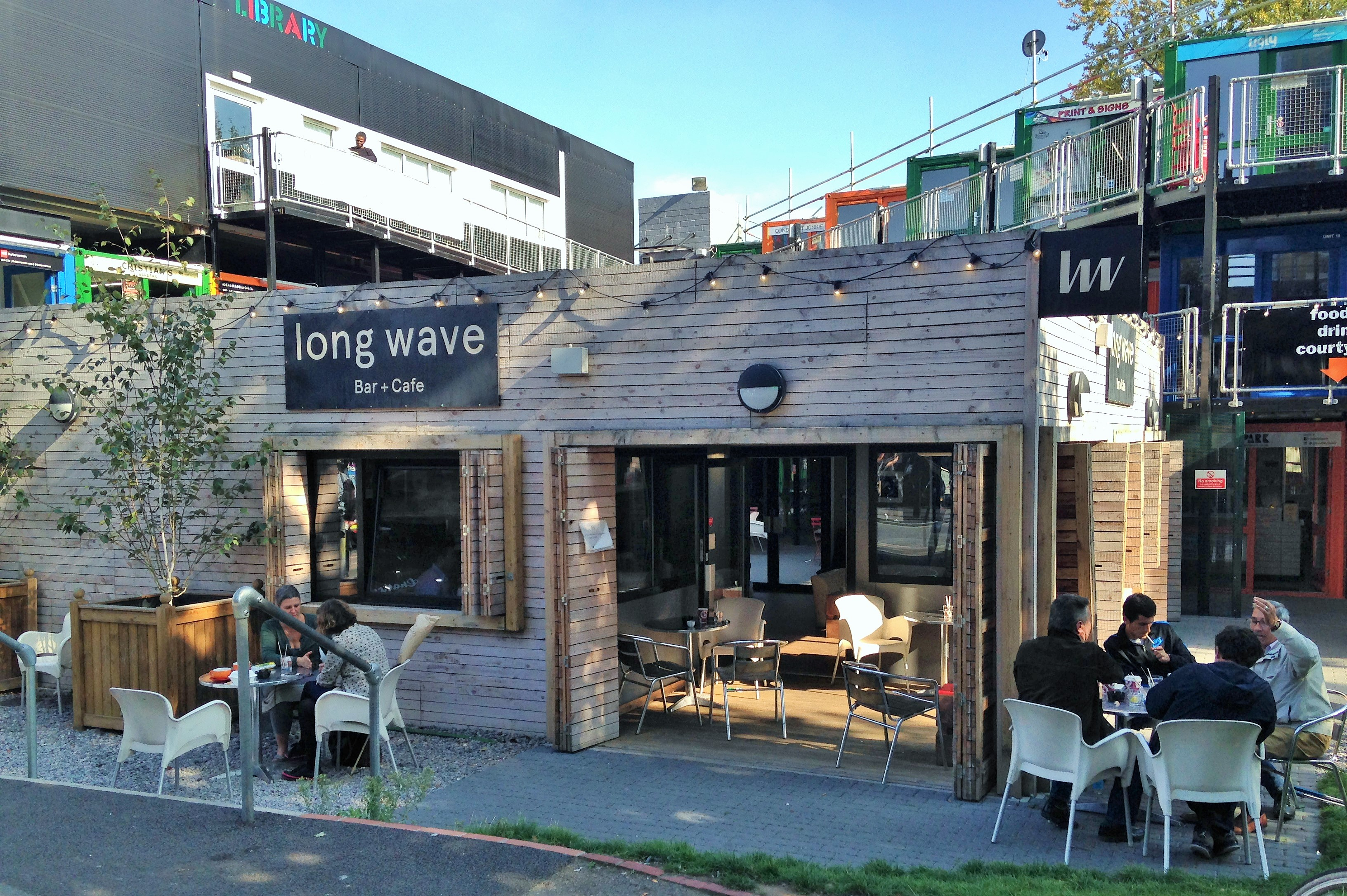 Long Wave Bar & Cafe - kenningtonrunoff.com