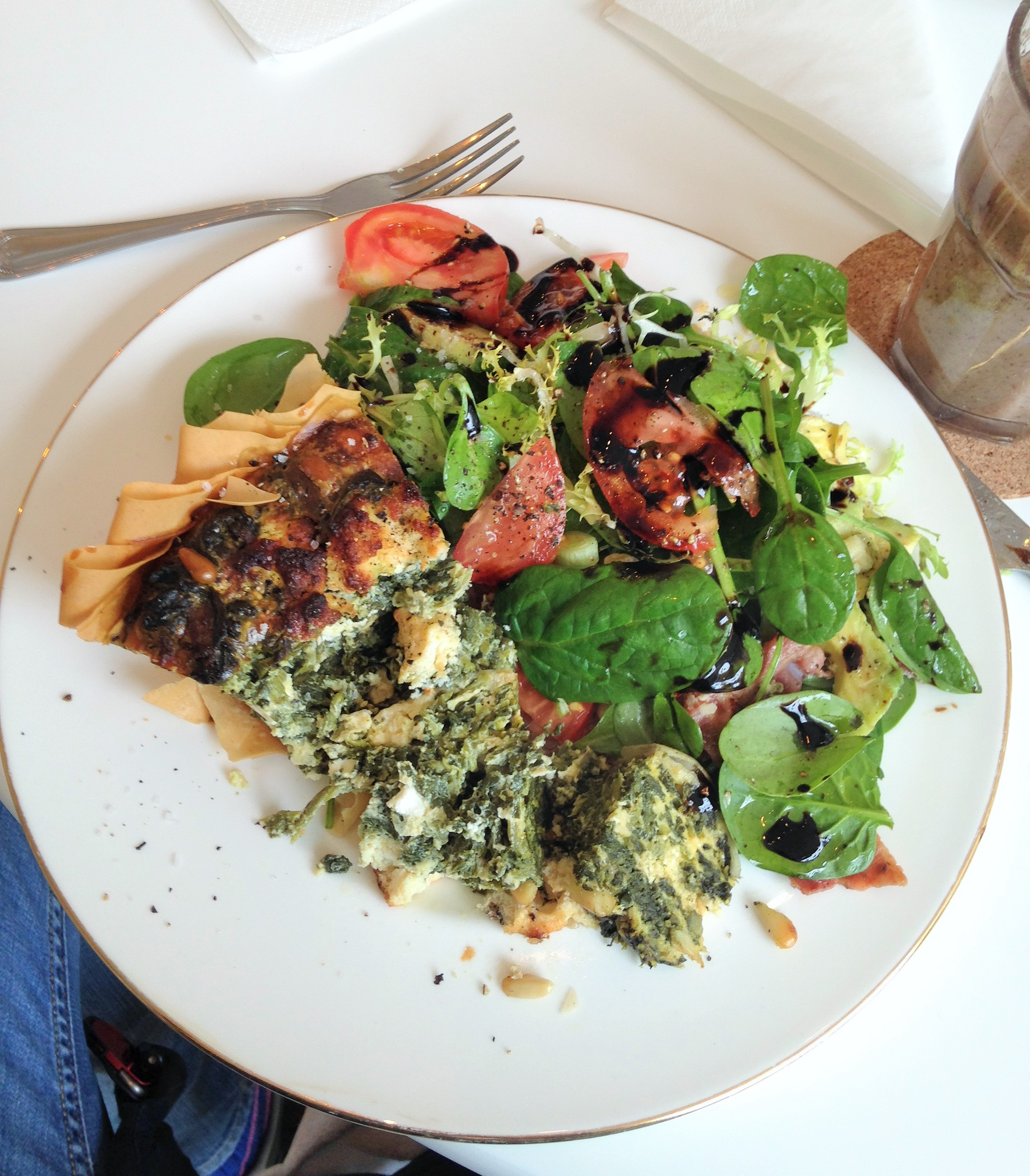 Vanilla Black spinach and feta quiche and salads - kenningtonrunoff.om
