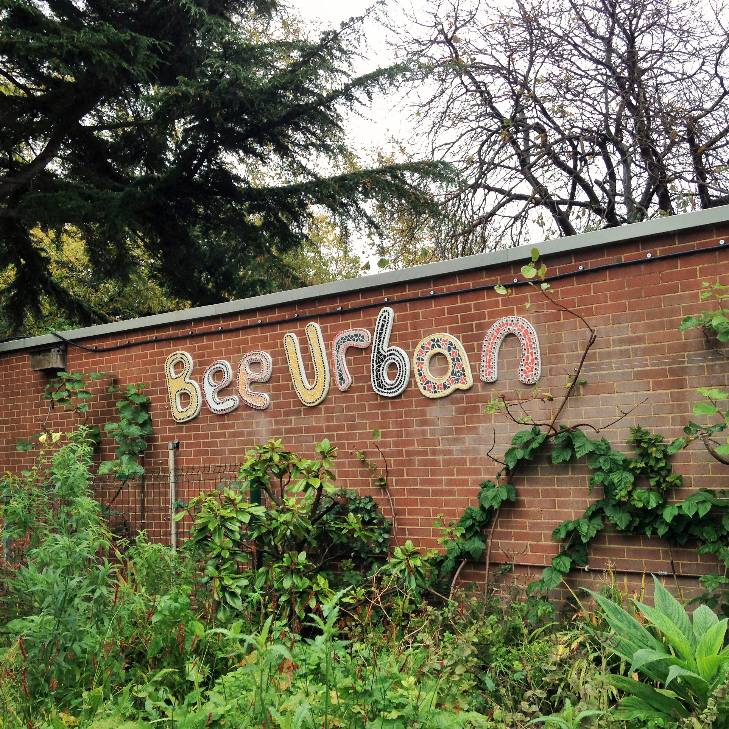 Bee Urban sign - kenningtonrunoff.com