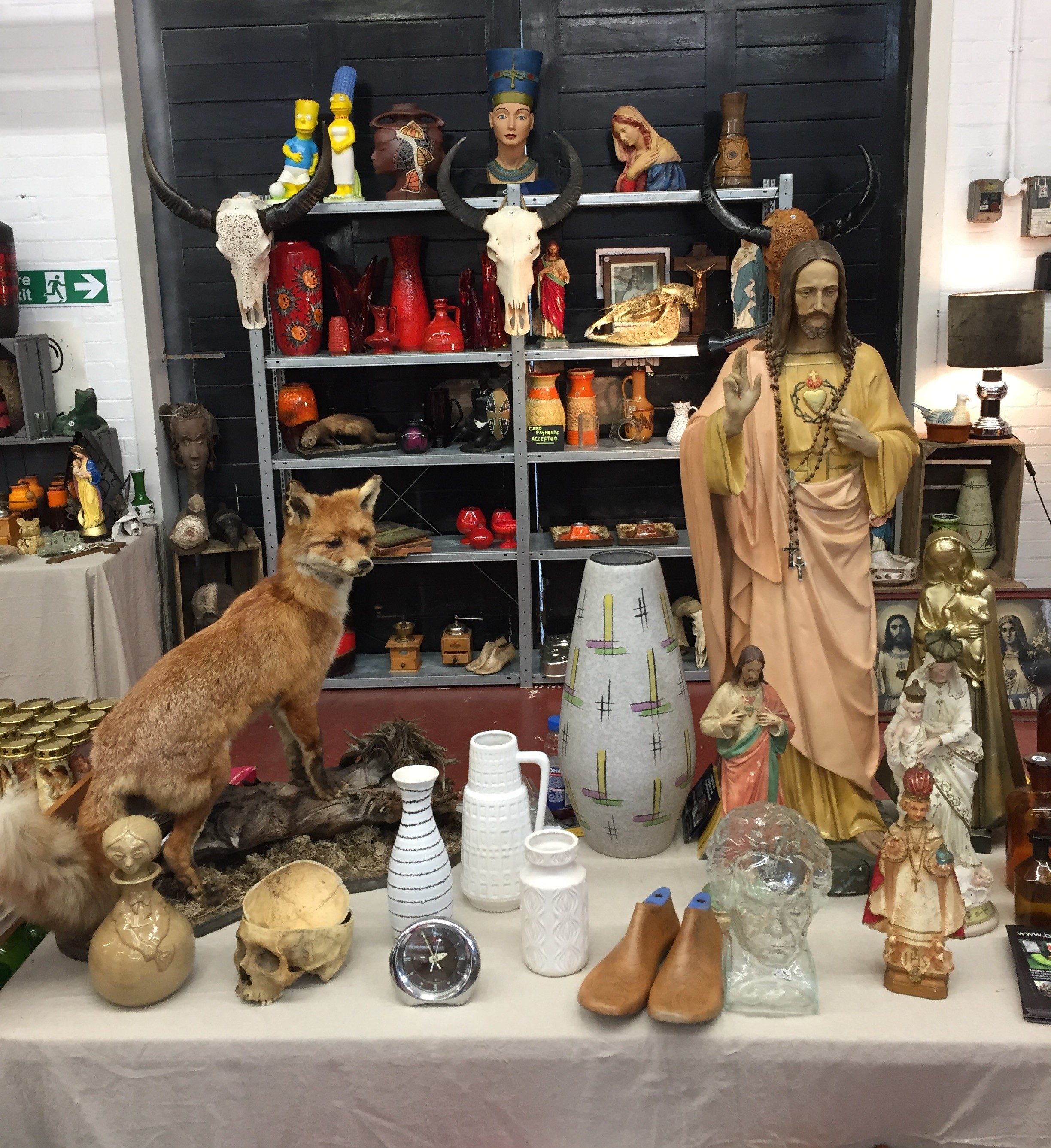 wolf and Jesus at Vauxhall Vintage Market - kenningtonrunoff.com