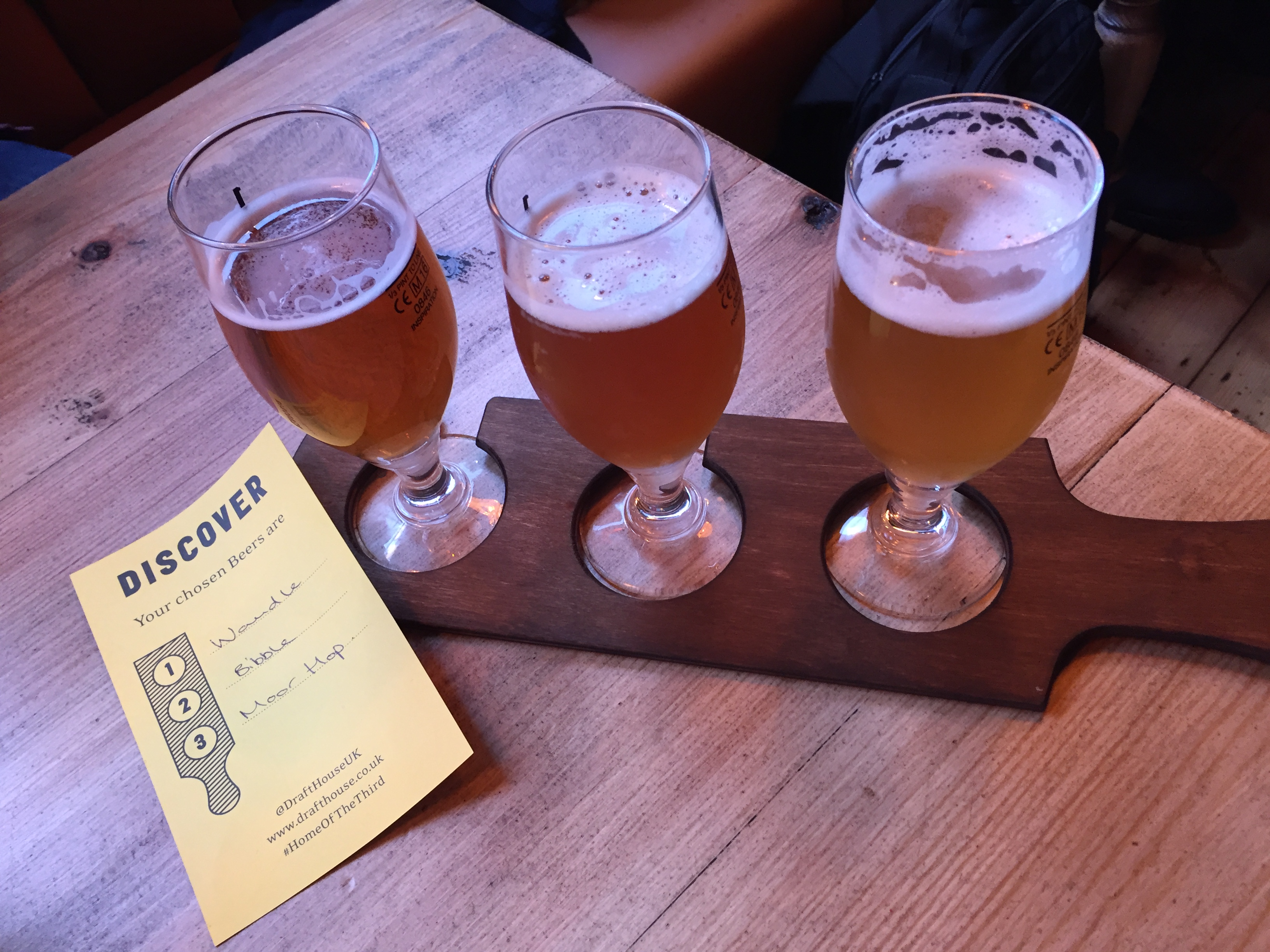Beer paddle at The Tankard - kenningtonrunoff.com